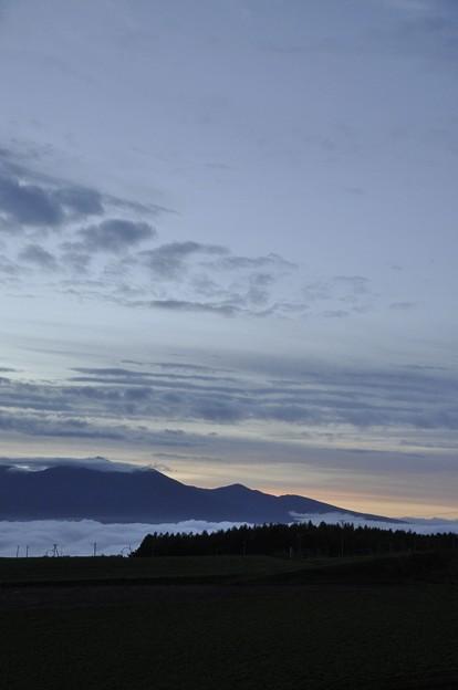 富良野岳方面の空