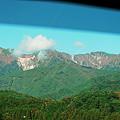 中央道の車窓より、仙涯嶺・南駒ヶ岳・空木岳