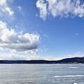 厳冬の諏訪湖。