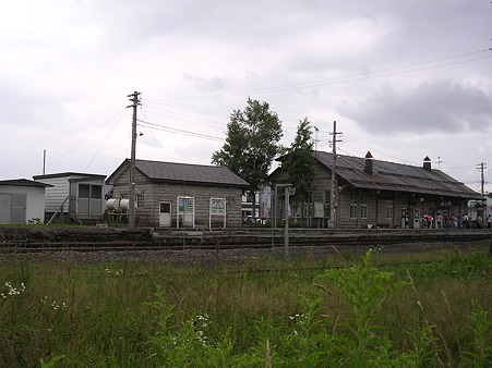 美瑛駅ホーム2
