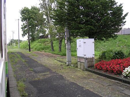 遠浅駅ホーム1