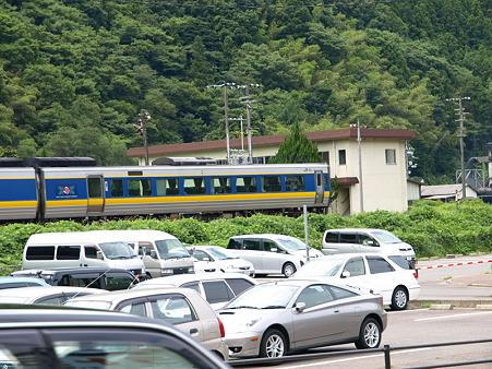 187系スーパーおき4号(津和野駅)1