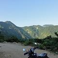 袴越林道の景色