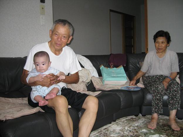 お爺ちゃんとお婆ちゃんとヒロ