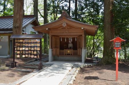 東口本宮浅間神社・神馬舎