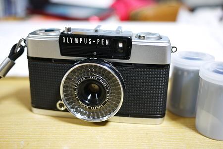 元祖PEN EE-3。電池がなくても動くカメラ