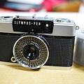 Photos: 元祖PEN EE-3。電池がなくても動くカメラ