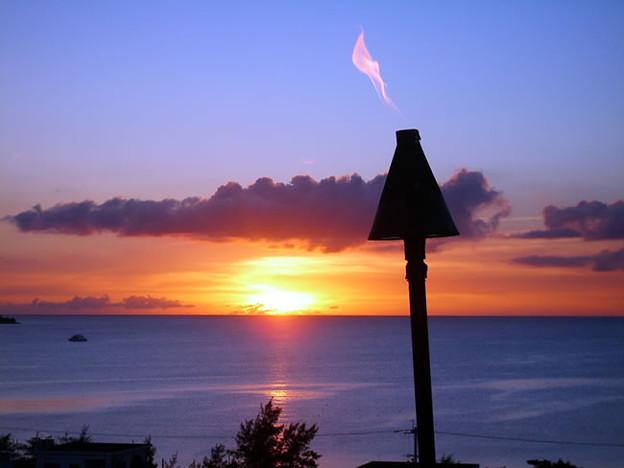 東シナ海へ沈む夕陽