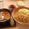 写真: 今日の昼飯はも堺のとんりゅうラーメンにて 味噌つけ麺400g、ご飯+サラ...