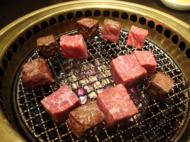 塊肉祭り,ルービックキューブを焼いてます