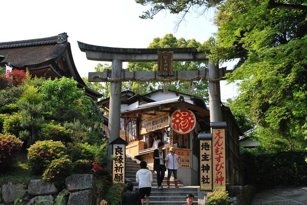 2009_0525_153903 地主神社
