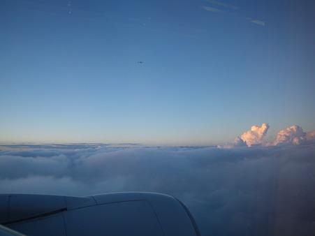 雲の上を行く