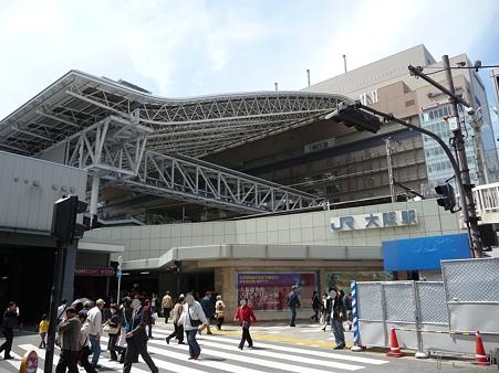 110416-17 大阪駅 (53)