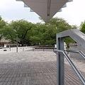 写真: 東京工業大学 新附属図書館 地下入口から