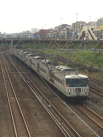 185系東海道本線(東神奈川)