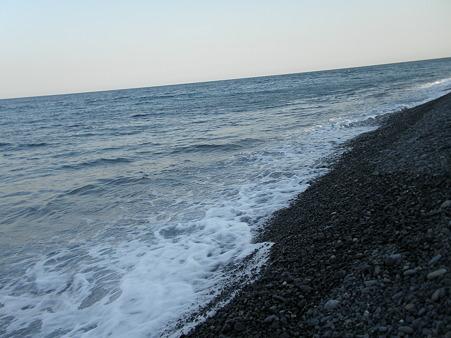 海へ 散歩道 (2)