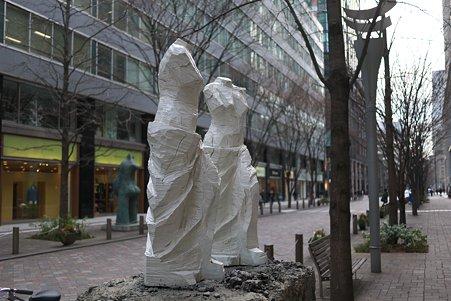 2011.03.06 丸の内仲通り 展望台 1990 Jim Dine