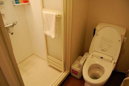 ウォシュレットトイレ&シャワーブース