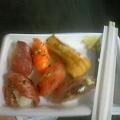 写真: 唐戸市場でお寿司だよう