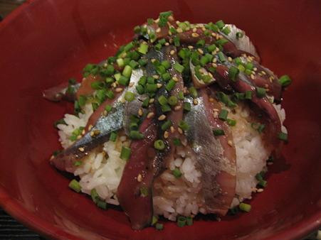 秋刀魚のヅケ丼