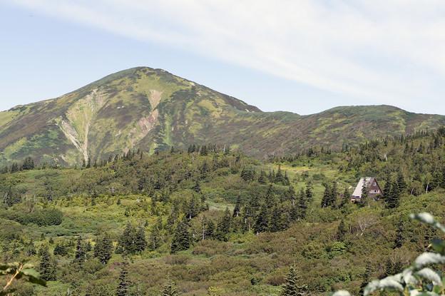山麓の小屋