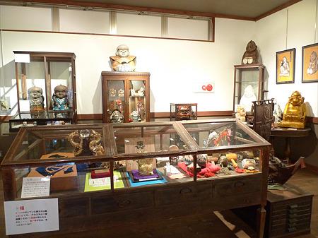 昭和の町の商店街(17)宝来開運館