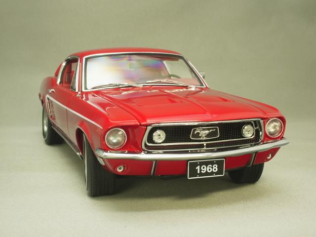 Photos: Aa1/18ミニカー、フォードマスタング'68その1