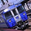 函館駅へ進入特急北斗。。183系