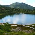 写真: 弓池全景