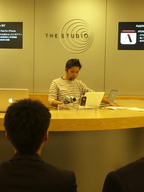 Photos: AppleStoreにゃう(・∀・)ロゼクンとシオサンの頭(*´艸`)♪